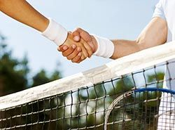 Play friendly matches in Spain on tennis camp in Barcelona